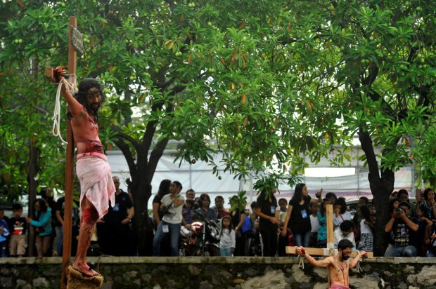 Kristenisasi foto-jalan-salib di tanggerang 2