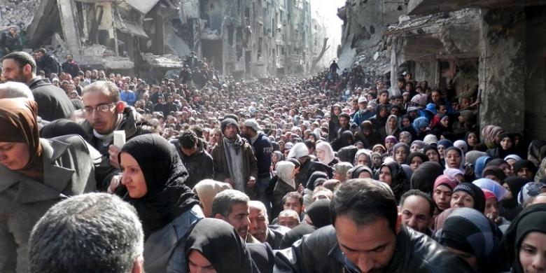 Krisis pengungsi Suriah banyak dari mereka yang kemudian memilih untuk melintasi perbatasan