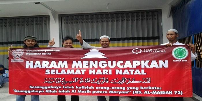 Spanduk Larangan Natalan Bagi Muslim