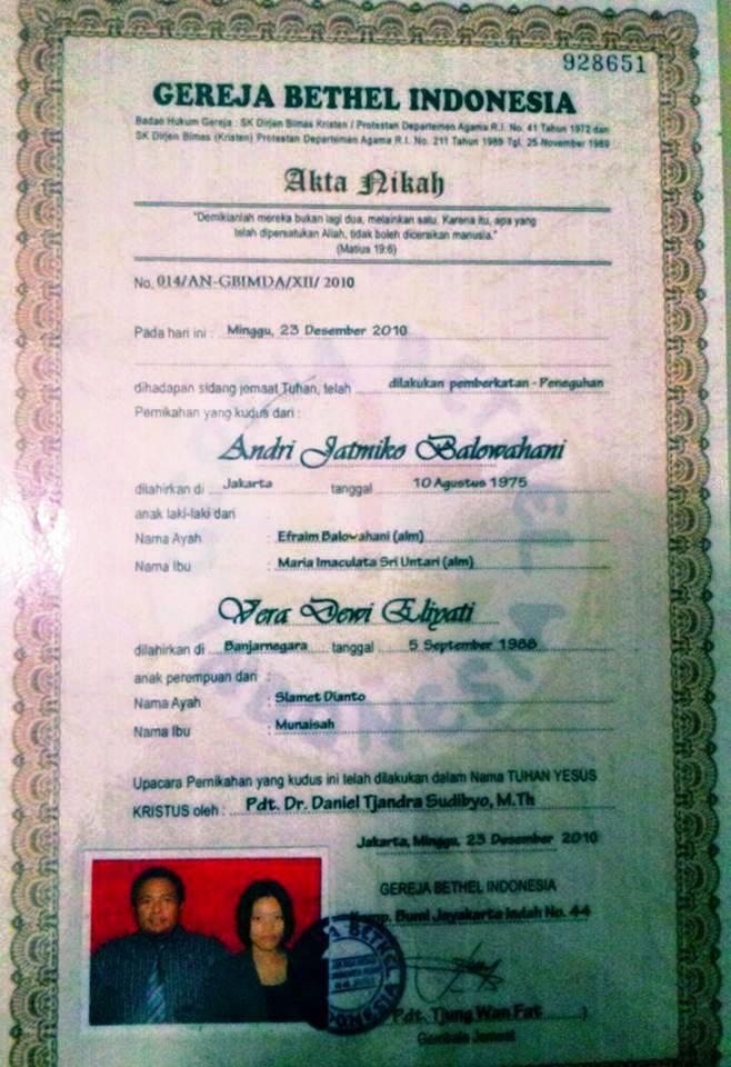 Akta nikah secara Kristen dari Gereja milik saudari Vera Dewi Eliyati.