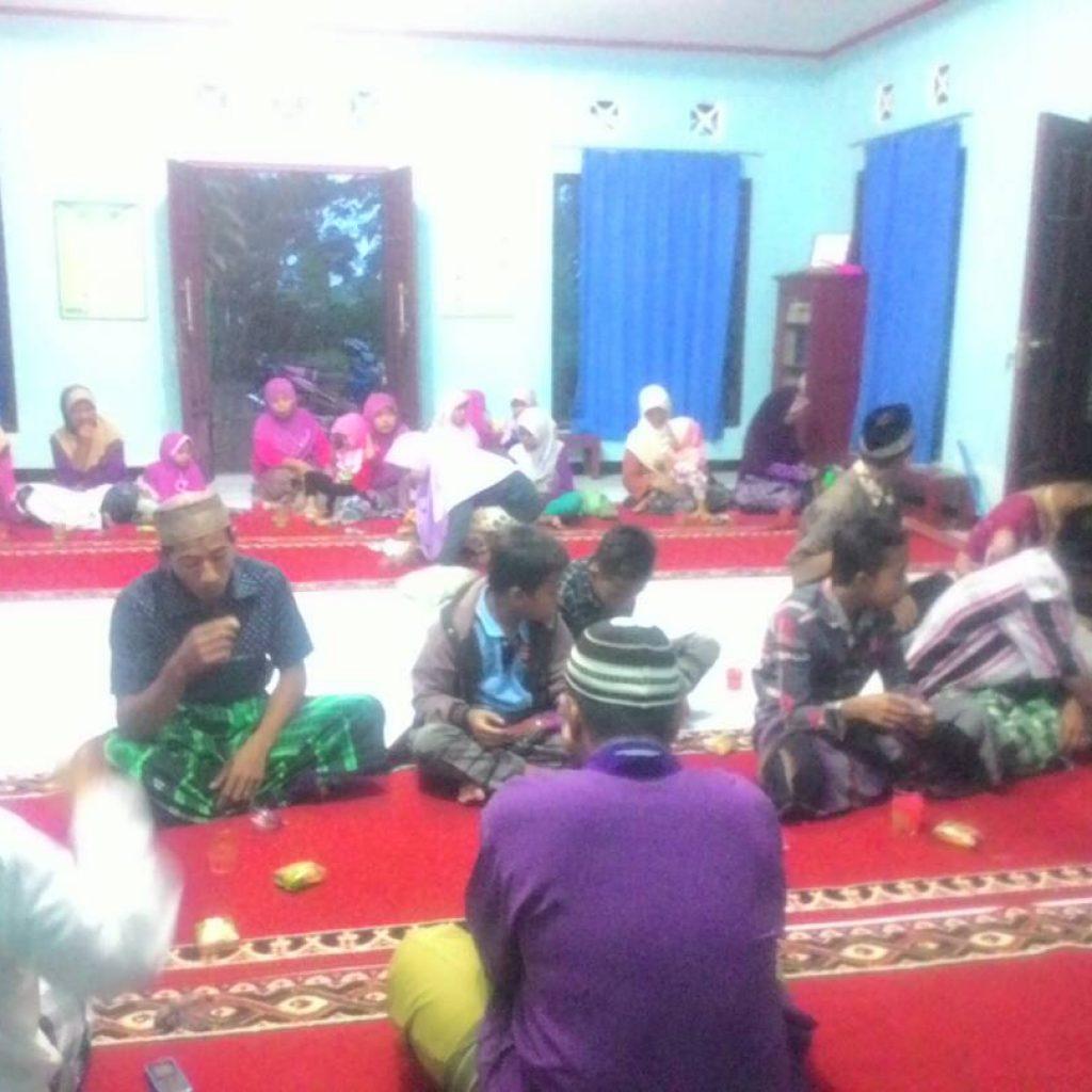 Acara Buka Bersama di Masjid At Taubah