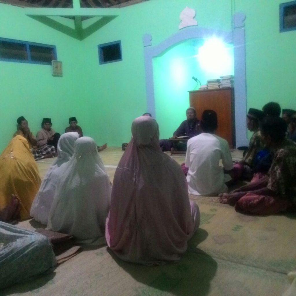 Pengajian Setelah Sholat Tarawih