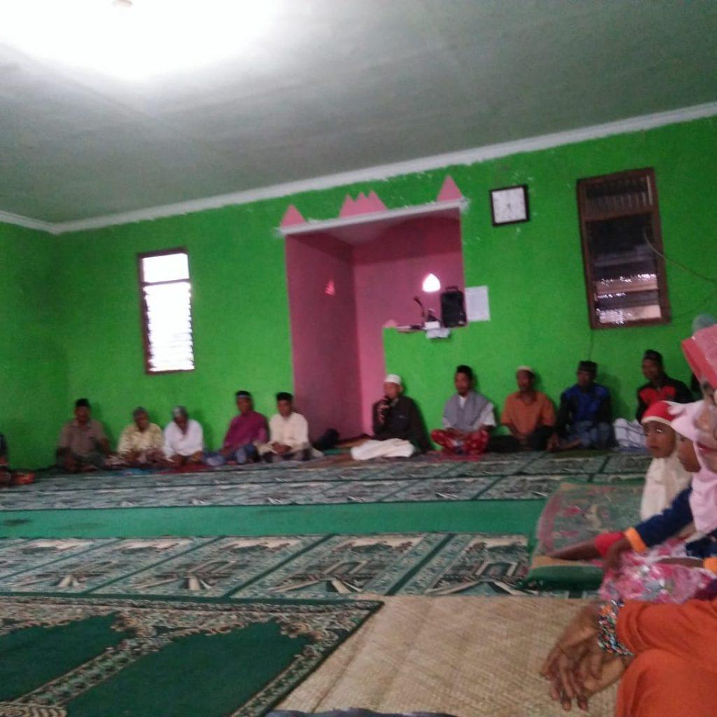 Tausyiah Bersama Muallaf Musholah Al Hidayah Njera