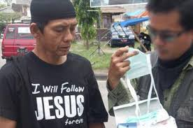 Kristenisasi dan Kebodohan di Pulau Sumba, NTT