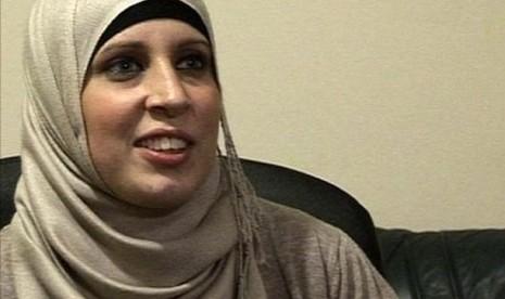 Aisha Uddin, Diusir Keluarga Gara-gara Mendapat Hidayah