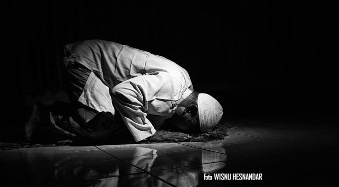 Mukjizat Al-Qur'an : Rahasia Kata Sujud Dalam Al-Qur'an