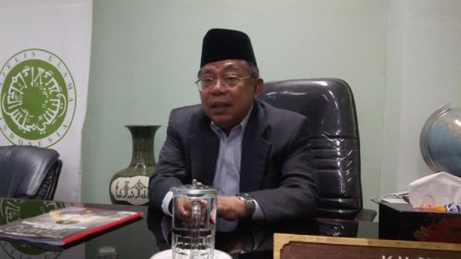 Ketua MUI Larang Orang Islam Pakai Simbol Natal