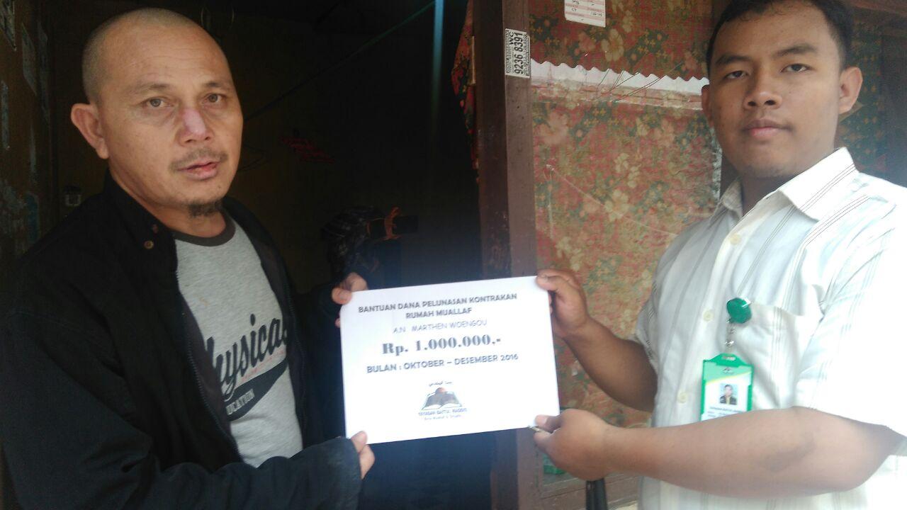 Bantuan Pelunasan Kontrakan Muallaf Marthen Yang Diusir
