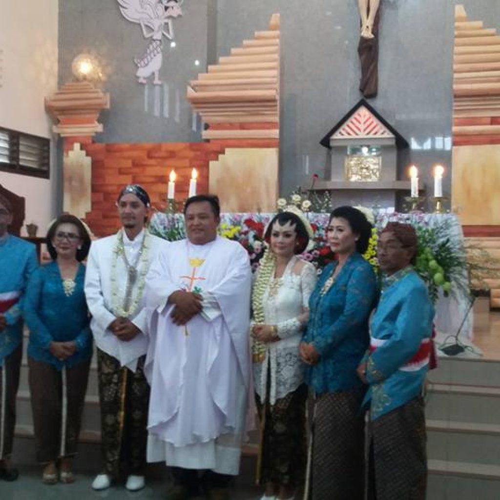 acara-pernikahan-lintas-agama