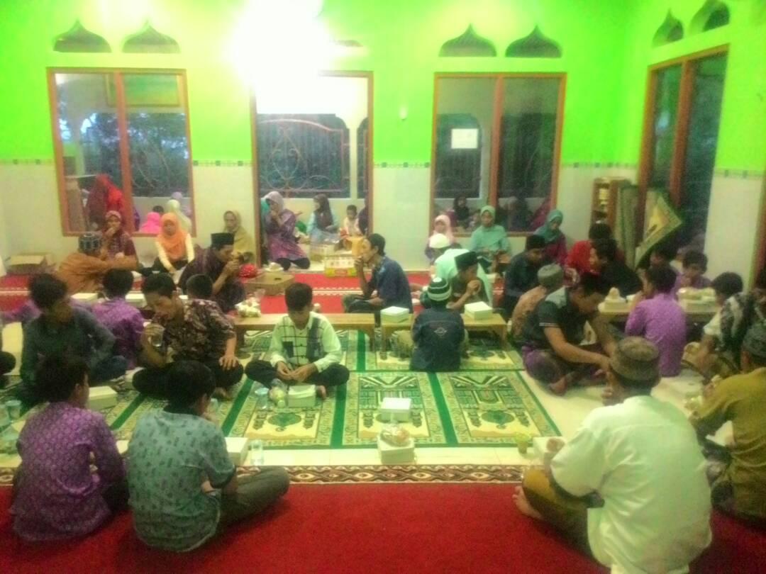 Alhamdulillah, Masjid At Taubah dan Sekitarnya Sukses Mengadakan BUKBER Didaerah Rawan pemurtadan