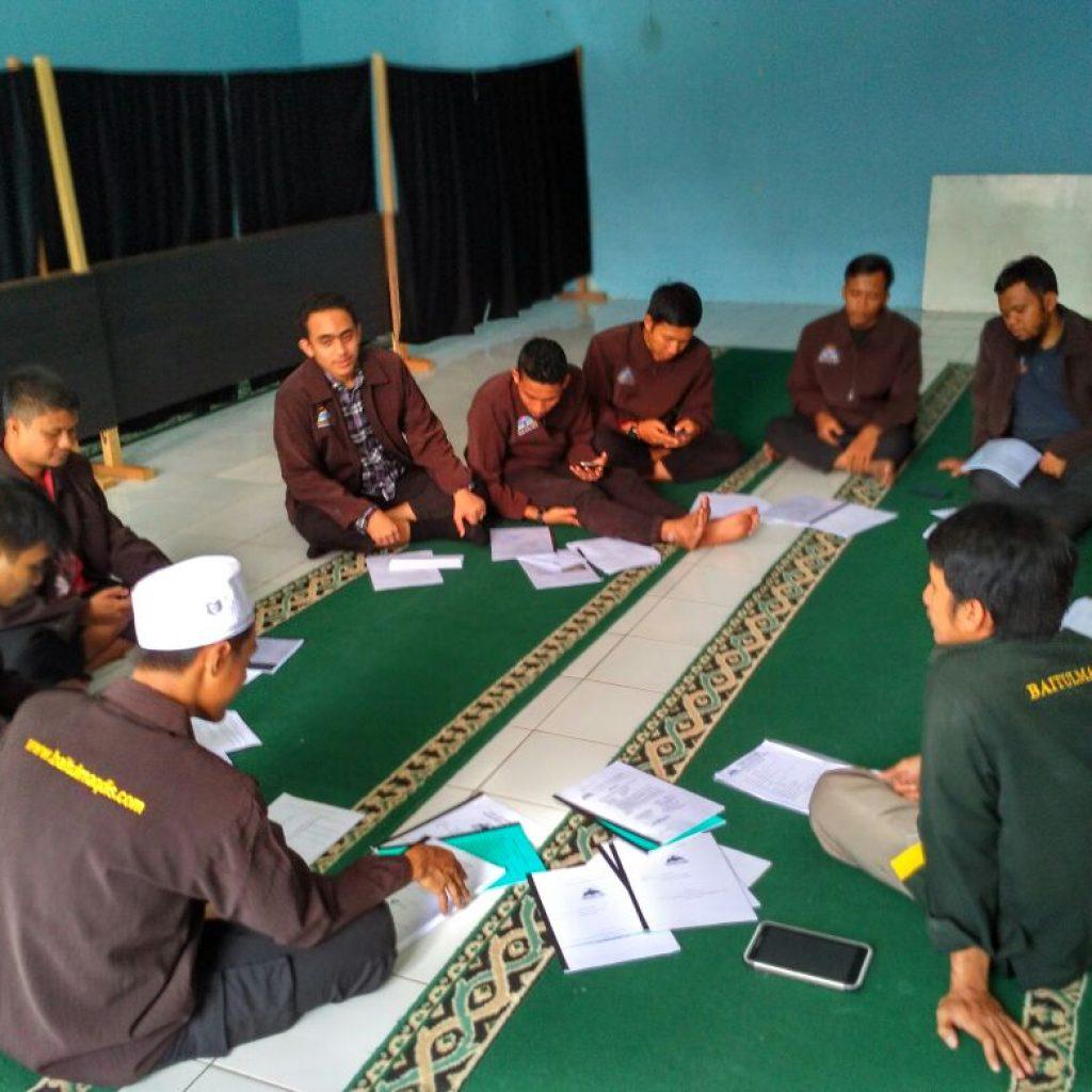 Pembekalan Tebar Da'i dari kantor Yayasan Baitul Maqdis Pusat