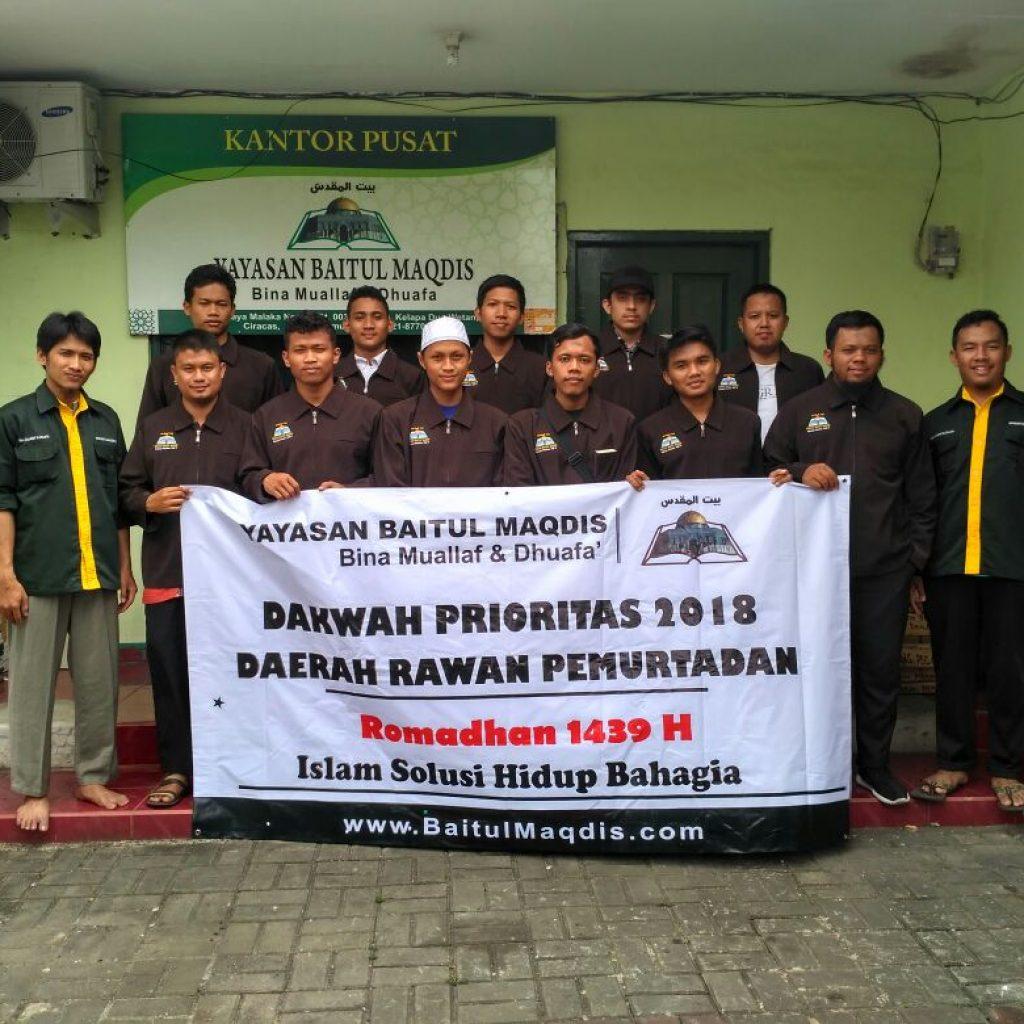 Pemberangkatan Tebar Da'i dari kantor Yayasan Baitul Maqdis Pusat