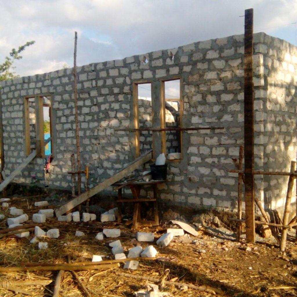 Rumah Bapak Ridwan Muallaf tinggal proses pengecoran