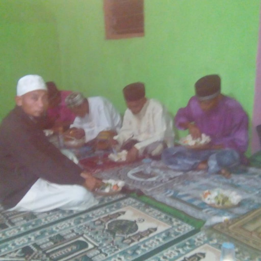 Tausyiah Ust. Syaiful Bersama Muallaf Musholah Al Hidayah Njera