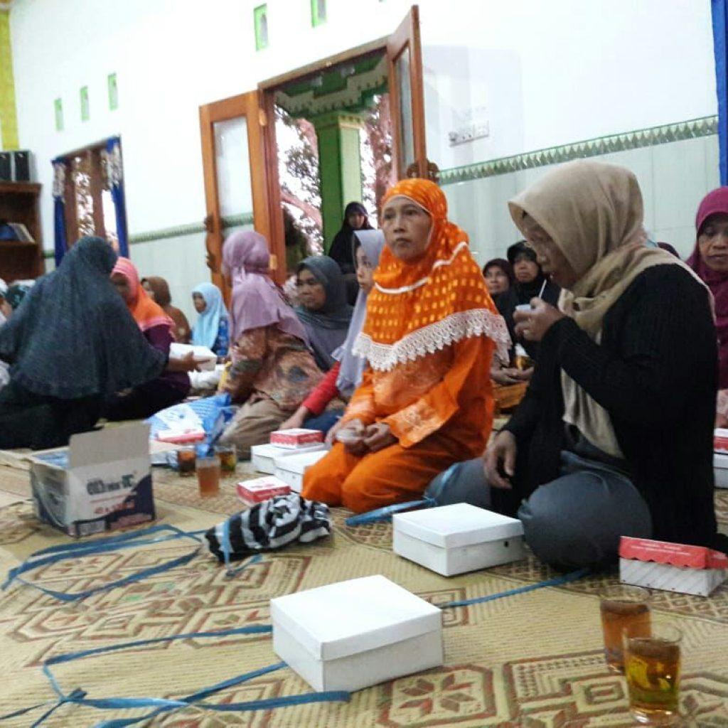 Bukber Bersama Muallaf dan Dhuafa Getasan
